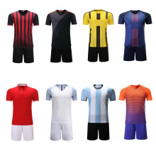2017 jeunesse nouveau style sans logo noir vert football uniforme personnalisé pas cher football jersey ensemble
