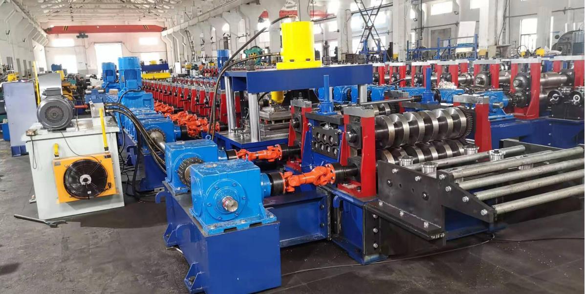 31082 W guardrail machine