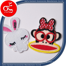 Custom Stick-on Logo Embroidery Patches and Embroidery Badge