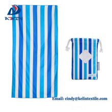 Vacaciones de verano fácil de llevar bolsa de microfibra de gamuza floding toalla de playa