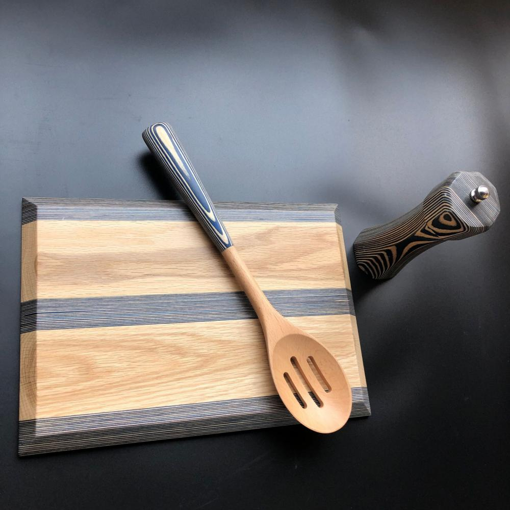 Pakka Wood Cutting Board