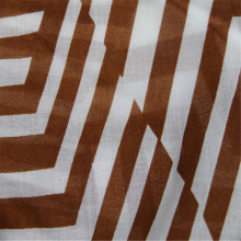Tissu en voile de coton imprimé de rayures irrégulières