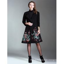 Alibaba Alta Qualidade Atacado OEM 2017 Guangzhou bordado Ladies Long Coat
