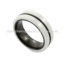 Venta al por mayor 2014 nuevos hombres de acero inoxidable de alta calidad de la moda anillo de cerámica blanco y negro de joyería fabricante