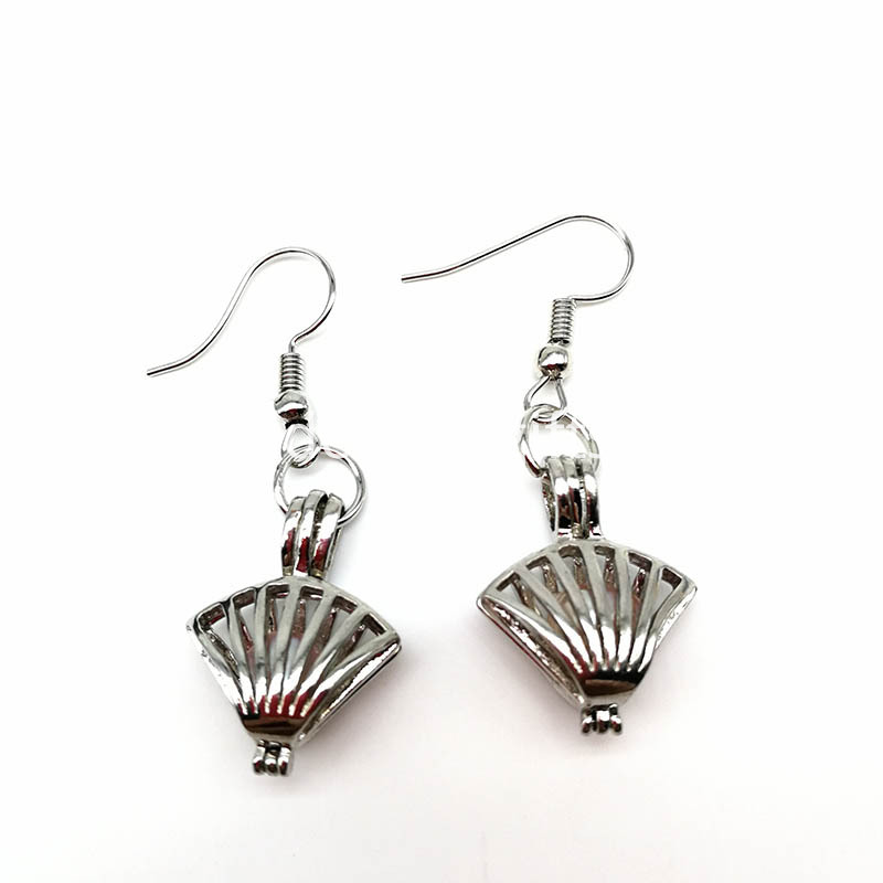Shell Cage Pendant Earring