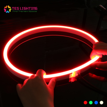 Bande lumineuse au néon flexible de couleur variable de 24 volts