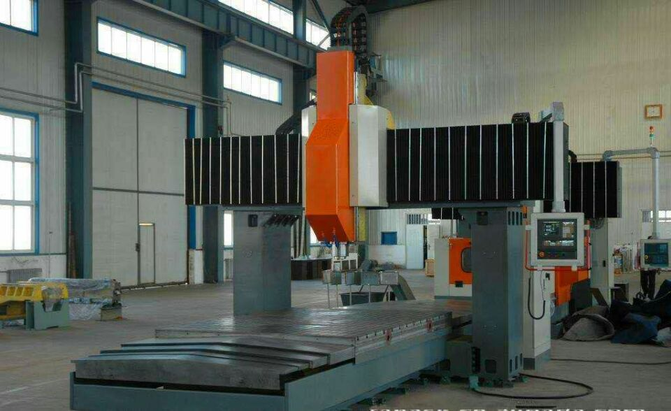 Double column boring and milling machine