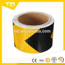 Etiqueta de advertência reflexiva da fita da possibilidade da advertência da seta amarela preta