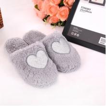 heißer Verkauf schön und warm grau Herz Punkt Mode Hausschuhe