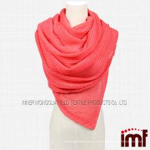 Розовый трикотажный шарф с кашемировыми вставками