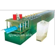 Rolo corrugado de aço automático do tampão de Ridge da cor que forma a máquina