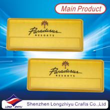 Placa de identificación de aluminio chapada en oro magnético con esmalte