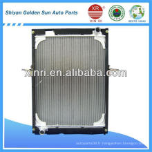 Radiateur à réservoir en aluminium pour camion à camion Pièces de camion Sino