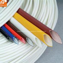 Manga aislante de fibra de vidrio y silicona.