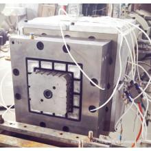Cabeça e molde de pós-extrusão WPC