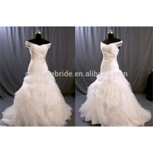 Off The Shoulder Ruched Tulle Wedding Gowns Pleated Applique Bridal Dresses