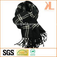 100% Acrylic Fashion Black & White Checked Woven Scarf with Fringe