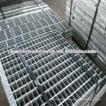 Hot zinc coated firm grating