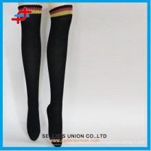 2015 calcetines calientes de la mediados del poliester caliente del poliester de las nuevas señoras del estilo venden al por mayor