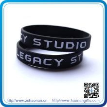Heiße verkaufende Werbung Geschenk Silikon Armbänder / Armbänder Werbeartikel