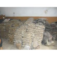 Pierres en pierre de cailloux solides en vrac
