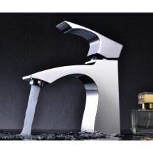 Grifo de lavabo de una sola llave de lujo (DH33)