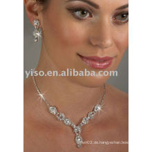 Gorgeous jeweled Rhinestone Schmuck Set