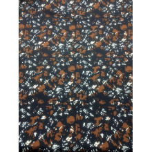 China Polyester Pongee Fabric for Fashion Apparels