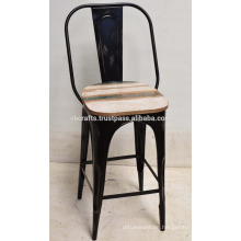 Industrie-Bar-Stuhl Rustikale Recycling-Holz-Top
