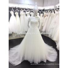 Freies Verschiffen-reales Beispiel-Kleid verheiratete weiße bördelnde Tulle A-Linie kurze Hülsen türkisches Hochzeits-Kleid in Dubai A044