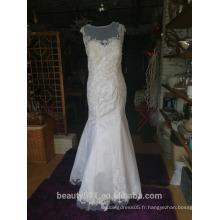 Robe de mariée trompette / sirène Robe de mariée en dentelle florale en dentelle à encolure dégagée P098