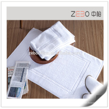 100% Cotton Jacquard Style Excellent Water Absorbent White Thin Bath Mat