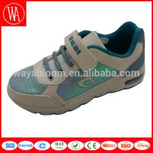 Популярные модные нестандартные кроссовки с волшебными наклейками и подсветкой