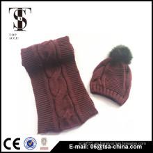 El sombrero y la bufanda del knit de las mujeres al por mayor fijan con el pom pom
