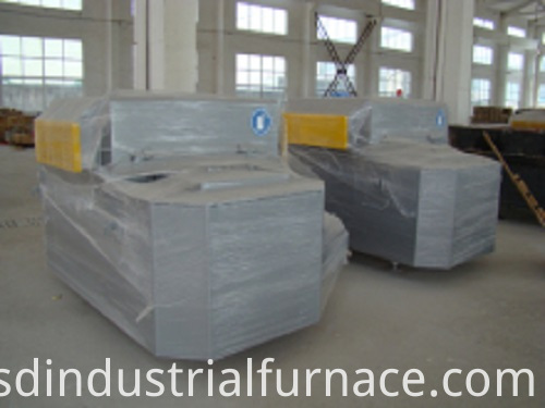 Heat Treatment Melting Equipment Vacuum Induction Furnace