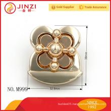 Special design flower shape fashion woman handbag lock parts M999