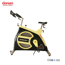 Indoor Cycling Bike KY-2002 Ausstattung des Fitnesscenters