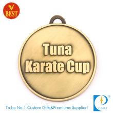 Hochwertige benutzerdefinierte billige Die Casting 2D Design Karate Medaille mit Messing