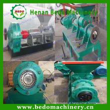 Haste do carvão vegetal da eficiência elevada automática que dá forma à máquina / máquina da imprensa haste de carvão vegetal