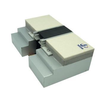 Joint d'expansion en béton dans les matériaux de construction