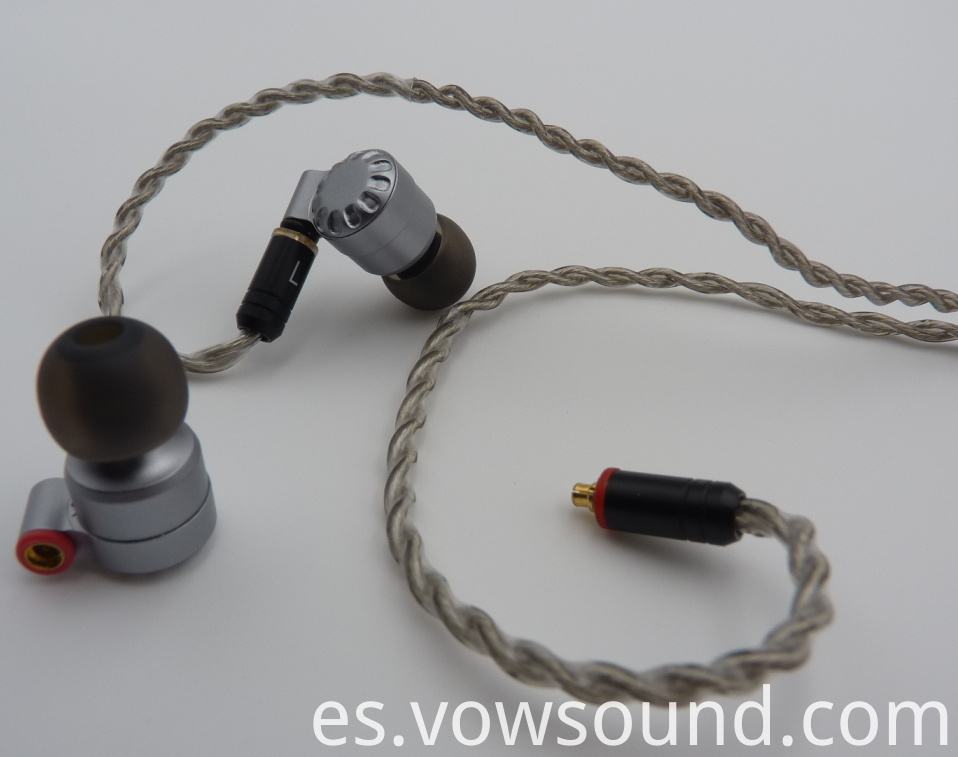 High Resolution Earphones Earbuds with 3.5mm Gold Jack