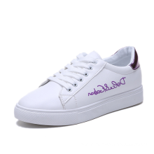 2019 Wholesale casual women's shoes Korean design leather retro sneakers with coloful patent leather backside