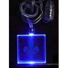 collier pendentif bleu clair