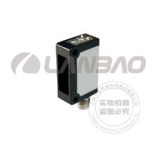 A través del sensor fotoeléctrico de la viga (PSC-TM15T-E1 DC3)