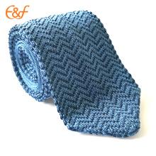 Modèle fait sur commande de cravate de tricot en soie pour des hommes occasionnels