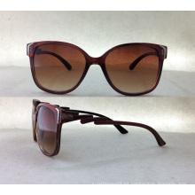 2015 gafas de sol de moda de plástico de señoras con decoración de metal P25027b