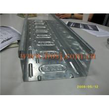 Bandeja de cable de acero galvanizado en frío (UL, cUL, SGS, IEC, TUV y CE) Máquina formadora de laminado Qatar