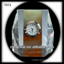 Maravilloso reloj de cristal K9 T074