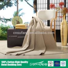 handgemachte Patchworkdecke mit Quilt gewaschen Baumwolle gesteppte Tagesdecke