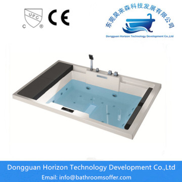Hand Control freestanding jetted tub